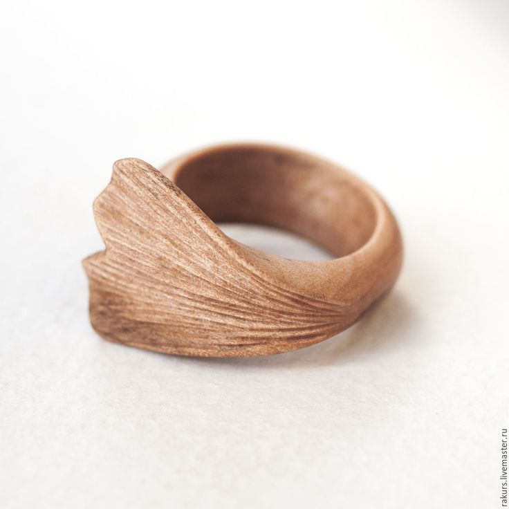 Деревянное кольцо Гинкго - бежевый, кольцо, кольцо дерево, деревянное кольцо, кольцо из дерева
