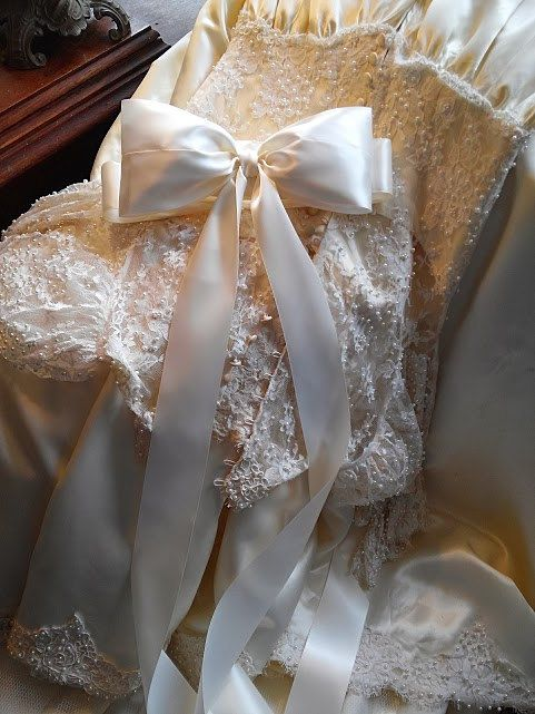 Large Bow Wedding Dress Sash In Ivory, Big Bow Bridal Gown -6358