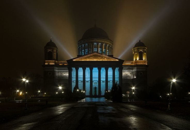 Esztergom  Esti Bazilika / Bazilika by night   fotó: ArtBejo  https://www.facebook.com/artbejo