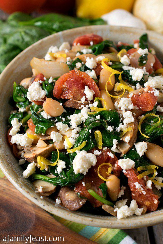 Greek Spinach with White Beans and Feta - Healthy and super flavorful!