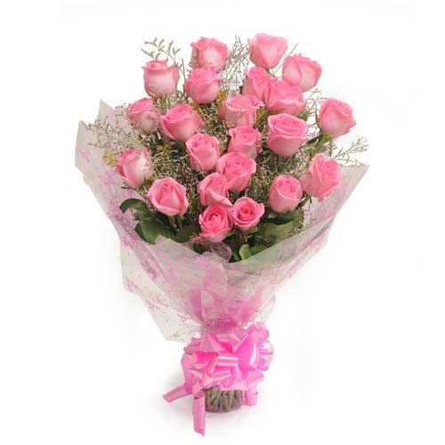 Surely your mommy will love this cute pink bouquet. Hurry up! gift her.