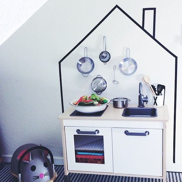 kidsroom inspiration - using masking tape as an IKEA hack. DIY