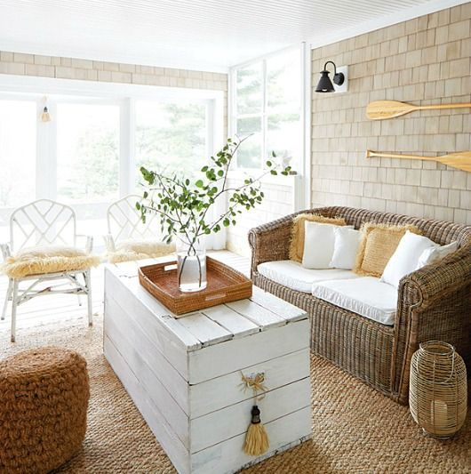 Caribbean Inspired Cottage in Canada. Island Style Screened In Porch Decor Idea.... http://www.completely-coastal.com/2017/05/caribbean-inspired-cottage-in-canada.html
