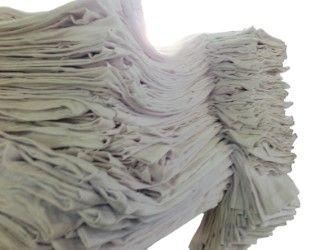 Remera Clásica Manga Corta Blanca $ 62 cu De Algodonera Paso Viejo  Remera Lisa para Estampar 100% Algodón de Excelente Calidad.  Confección sin costuras laterales (estandar mundial). Talles Reales. Minimo Encogimiento. Tira de Hombro a Hombro.