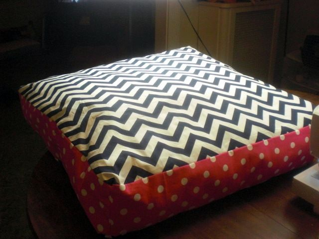 DIY giant chevron floor pillows Garden and yard ideas Pinterest This weekend, Dog pillows ...