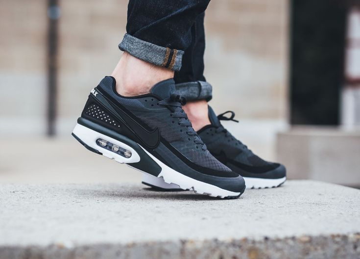 Traditional Shades On The Latest Nike Air Max BW Ultra