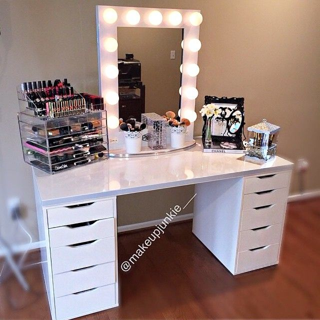 vanity table with drawers no mirror. vanity set up is super dreamy  Of course it would not be complete without her Original CosmoCube Best 25 Vanity ideas on Pinterest Bedroom dressing table