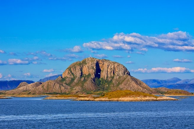 The Mountain hole of Torghatten : #Norway #AmazingWorld
