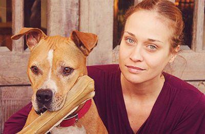 Fiona Apple cancela turnê no Brasil por causa de cachorra doente