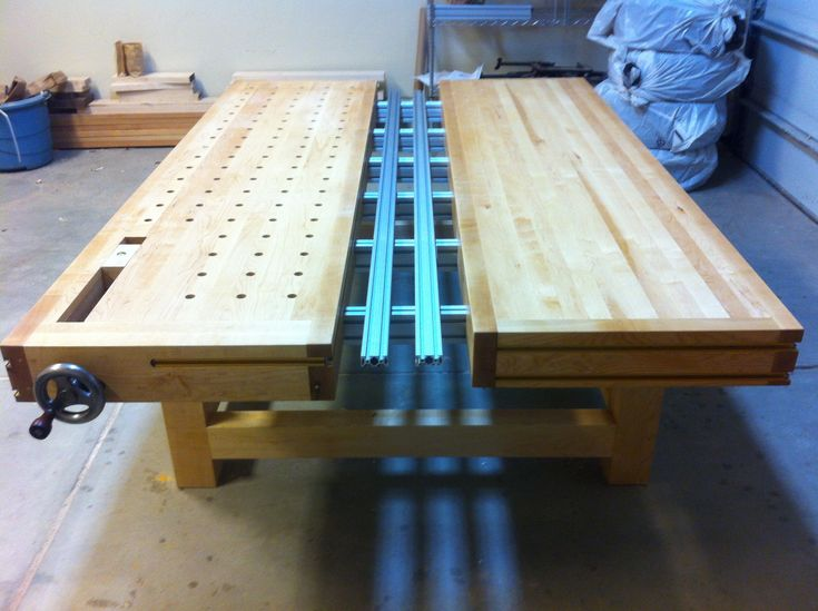 split-top-roubo-mft-with-benchcrafted-incra-and-8020 2,592 ...