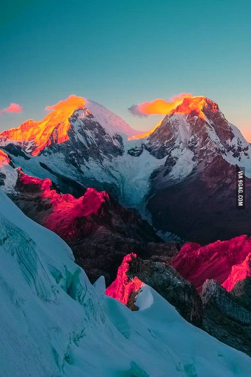 The mountains are so... colorful. North and South peaks of Huascaran, the highest mountains in Peru