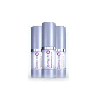 Dermalife Snake Venom Peptide Cream is an anti-aging serum that is meant to smooth out fine lines and wrinkles, and plump the skin to give a young-looking glow.
