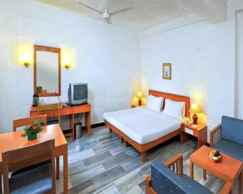 Abad Metro Cochin Is Located In Heart Of Best Budget Hotels Kerala The Hotel Very Close To Railway Bus Station And