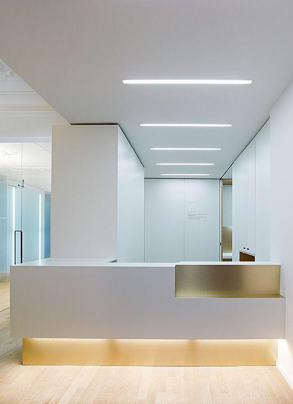 Dental Clinic in Munich - Feature lighting