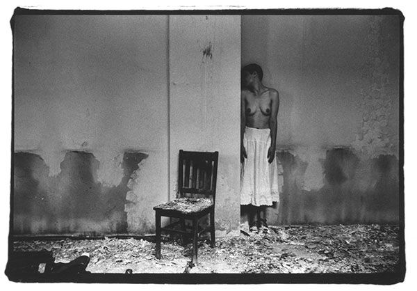 essays on francesca woodman The work of late american photographer francesca woodman,  essays transitory ghosts and angels in the photography of francesca woodman (2007.