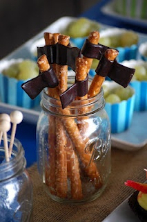 Dragon Viking Party - Battle axe pretzel rods