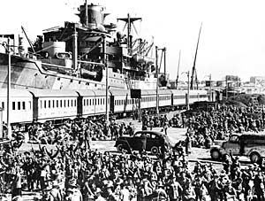 Australian troops embarking. This Day in WWII History: Mar 7, 1941: British forces arrive in Greece