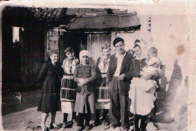 A Greek family from #Antartiko in Florina #Macedonia northern #Greece, during the 1950s. Most of the locals were Proud Makedonomachi (Macedonian Fighters) fighting Bulgarian Komitadjis.