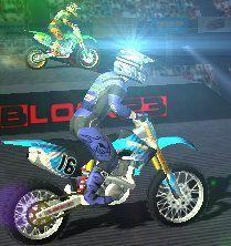 Süper Motocross Nitro. Motocross nitro yarışları severler, eşsiz bir macera şimdi Oyun Zamanı sitesinde sizinle. Süper Motocross Nitro yarışları ile en zor parkurları usta motocrosscu olarak zorlanmadan tamamlayacağınıza eminiz.