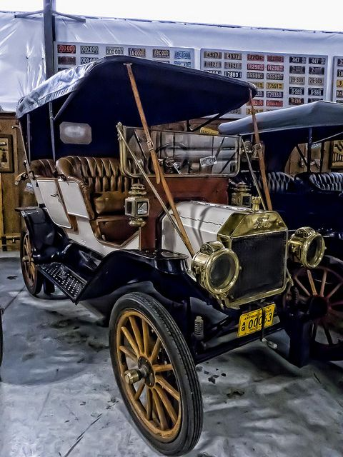 1911 Ford Model T Touring Car