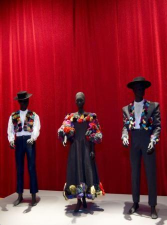 (LaPresse) - Karl Lagerfeld per Fendi, abiti di scena per la 'Carmen' di Georges Bizet all'Arena di Verona 1986. (Courtesy Reggia di Venaria Reale)