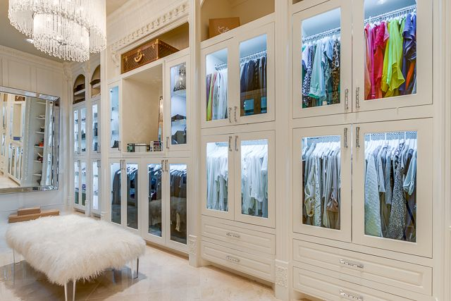 master closet at 9625PrestonRd,Dallas-27