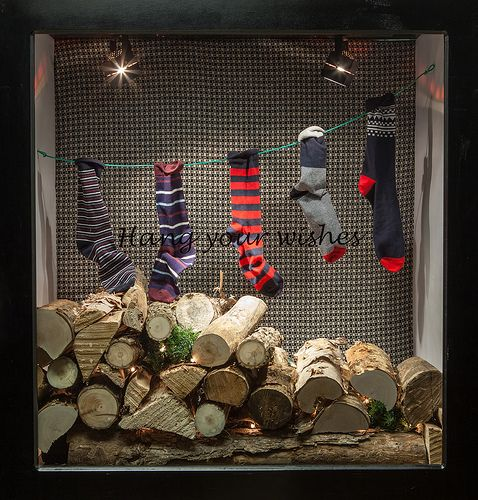 Holiday Themed Windows, Visual Merchandising Arts. School of Fashion at Seneca College.