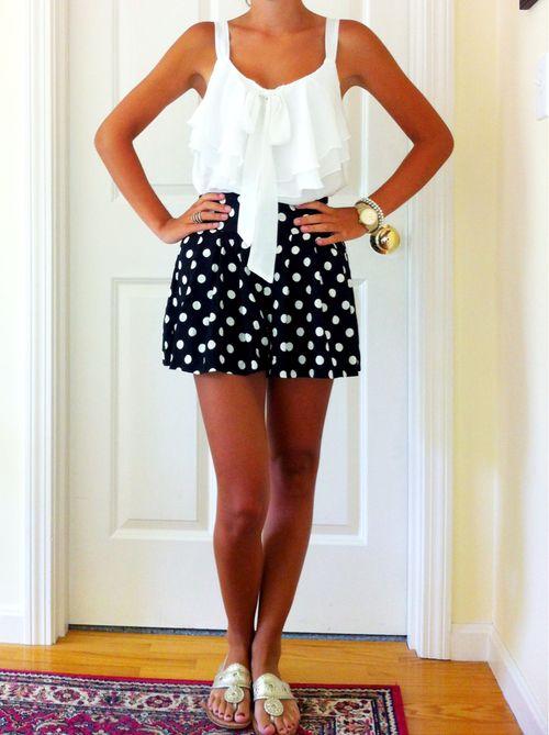 : Street Fashion, Southern Outfits, Polka Dots, Black Outfits, Dreams Closet, Summer Outfits, Carolina Girls, Fashion Stores, Outfits Summer