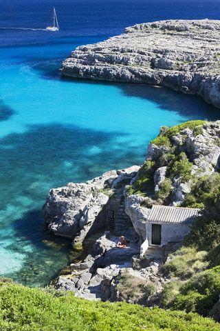 Os vamos a poner un poquito  los dientes largos con este álbum: Mallorca, Menorca, Formentera, ibiza. Una selección de fotografías de nuestro Pinterest.  Disfruta de estas calas con nuestras casas en las islas Baleares.   http://www.vacaciones-espana.es/Islas-Baleares/alquiler-vacaciones