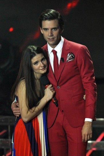 "XF7- Week 7: Semi-final - 5 December 2013 – round 1 she sang ""Dimmi che non passa"""