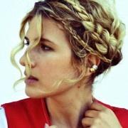 @mrkate.com  she's awesome!