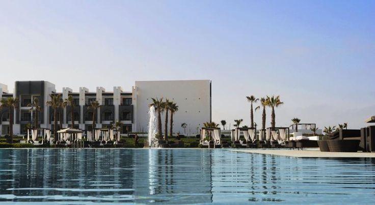 Hôtel Sofitel Agadir Thalassa Sea & Spa - #Agadir -  Sofitel Agadir Thalassa Sea & Spa … un monde chic océanique ! Plongez au cœur de l'élégance française, le raffinement marocain et le design audacieux de Didier Rey qui revisite les codes de la Médina. La décoration féérique alliée à l'architecture ergonomique et moderne du centre de thalasso de l'hôtel promettent évasion et bien-être.