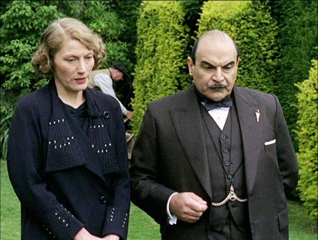 'After the Funeral' (2005) starring Geraldine James as Helen Abernethie and David Suchet as Hercule Poirot