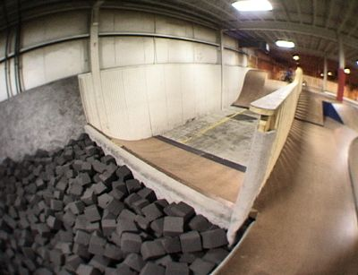 17 best images about interior skatepark on pinterest for Garage costa marseille