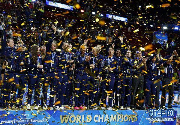 Estados Unidos ganó la gran final del Campeonato Mundial de Voleibol Femenino Italia 2014, en lo que representó el primer triunfo de su historia en esta competición.
