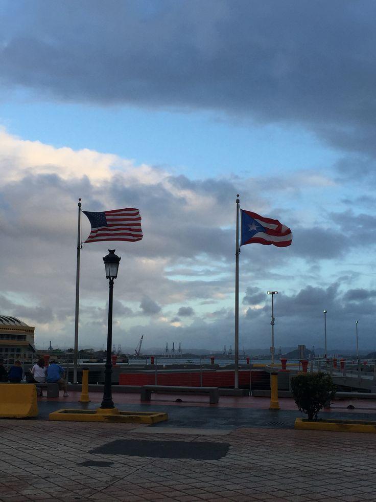 Domingo 13 de marzo de 2016 Hora 6:11 p.m. Una de las Dependencias del Estado Libre Asociado de Puerto Rico. El muelle #3 de La Autoridad de los Puertos de Puerto Rico tiene las Banderas enarboladas siendo un dia no laborable. Están ubicadas correctamente pero están al tope del asta cuando deberían estar a media asta por ordenanzas del gobernador, debido a la muerte de la esposa de Richard Carrión al igual que las banderas en el viejo San Juan en días laborables. #BanderasyEscudosVSJ…