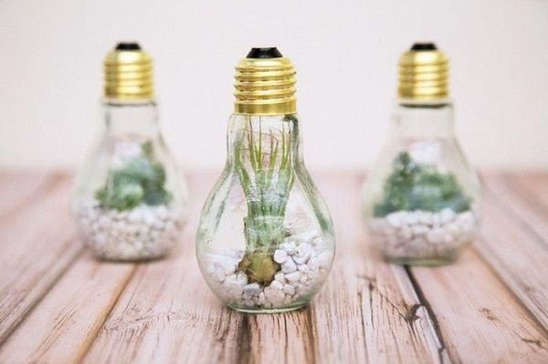Оригинальный декор из лампочек своими руками. Загляденье, да и только!
