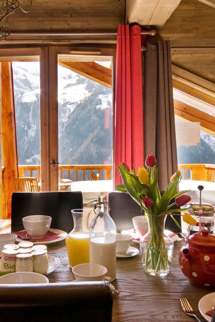 Breakfast doesn't get better than this! Beautiful alpine view from the The South Face chalet....