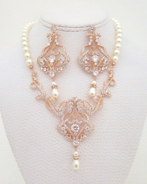 Rose Gold Wedding necklace Pearl Bridal necklace by treasures570