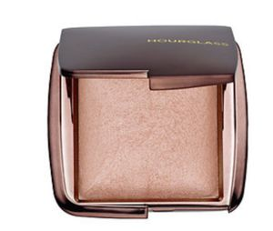 Hourglass Highlighter- Champagne Pearl