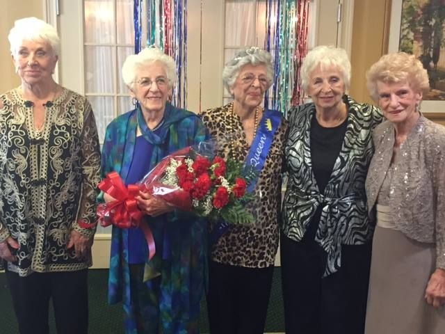 The ladies at our Howell community had a blast getting make-overs and putting on their best dresses and outfits during our Fashion Show!