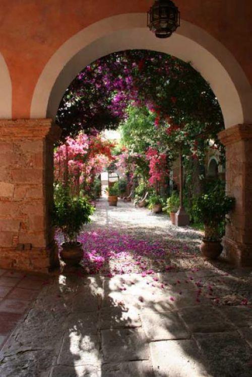 Hacienda Vacation Rental San Miguel de Allende between San Miguel de Allende and Guanajuato, Mexico
