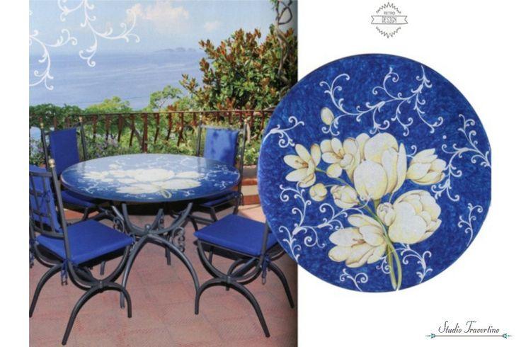 Vintage πέτρινα με ζωγραφική τραπέζια καρέκλες βεράντας Νάξος, τα εκπληκτικά διακοσμητικά αλλά και πρακτικά χειροποίητα τραπέζια κήπου Νάξος κατασκευασμένα από ηφαιστειακή πέτρα τραβερτίνο σε διαστάσεις στρογγυλές 60cm και 75cm και με ζωγραφική στο χέρι, θα είναι πράγματι εκλεκτά και μοναδικά στη βε