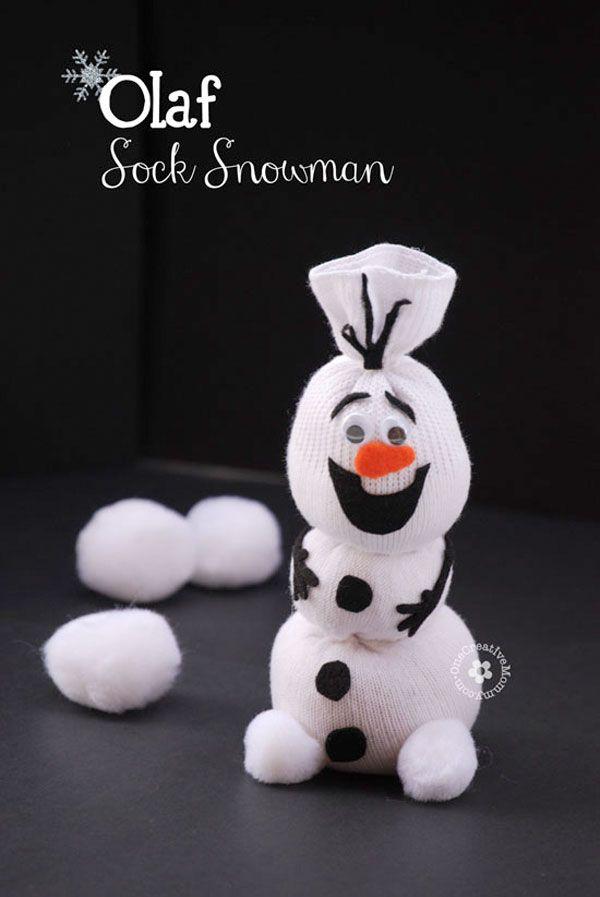 diy olaf le bonhomme de neige partir d une chaussette. Black Bedroom Furniture Sets. Home Design Ideas