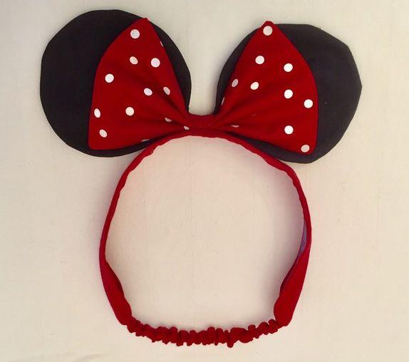 Hårbånd til barn med Minni mus sløyfe og ører. Strikken gjør at den ikke sitter for stramt. Størrelse: passer til ...