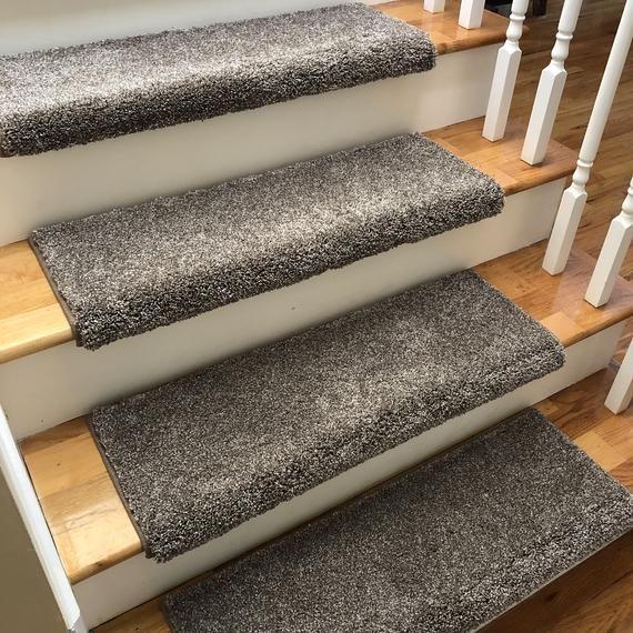 Best Broadway Hamilton True Bullnose™ Shaw Plushpadded Carpet Stair Tread For Safety Comfort Dog 400 x 300