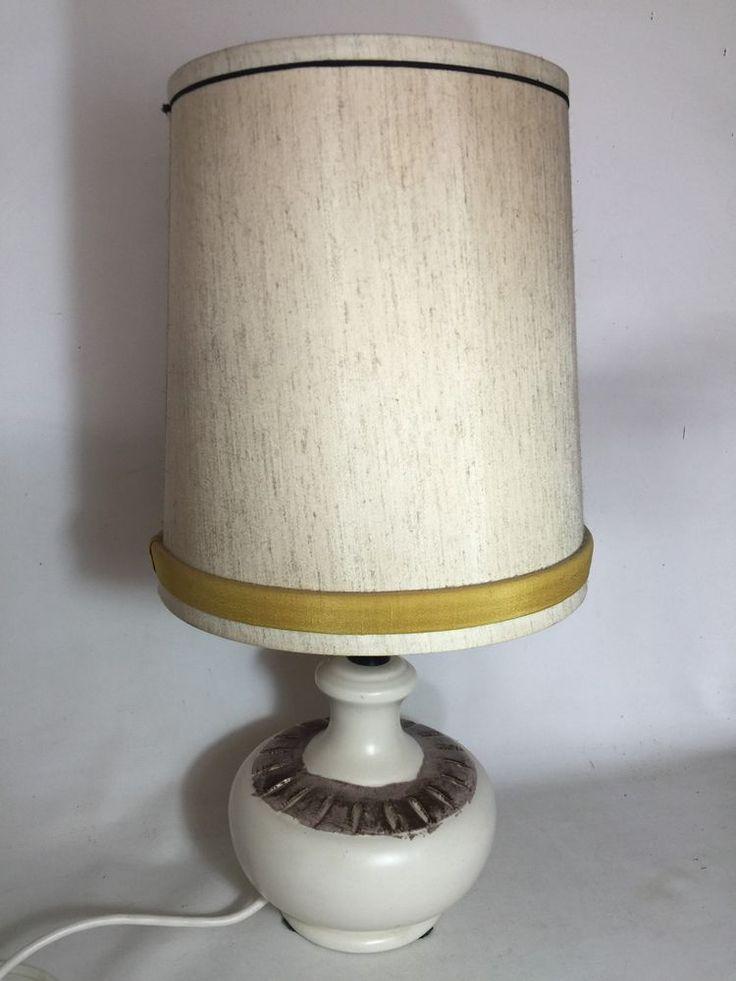 VINTAGE RETRO MID CENTURY AUSTRALIAN POTTERY TABLE LAMP
