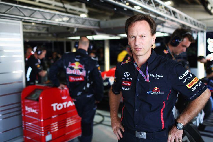 """Por una reestructuración en la Fórmula 1, para que haya más competición de nuevo, se declara Christian Horner, jefe de la escudería Red Bull. Y es que, a su parecer, la máxima categoría del automovilismo necesita cambios en el reglamento """"para que..."""