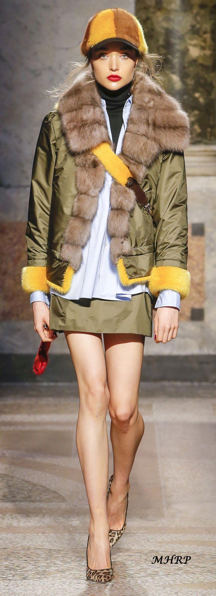 Simonetta Ravizza Fall 2018_vogue.com/fashion-show
