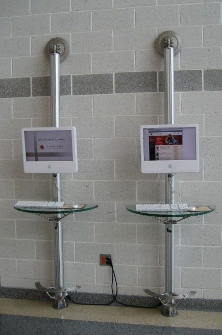 Stand up computers for collaboration  http://jan.ucc.nau.edu/lrm22/learning_spaces/#1a
